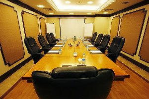5 factors to consider for effective business meetings