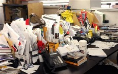 How to organize office desk for maximum productivity