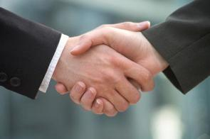 how small businesses benefit from strategic alliances